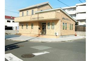 株式会社岩上ハウジング 本店 愛媛県 松山市 店舗外観